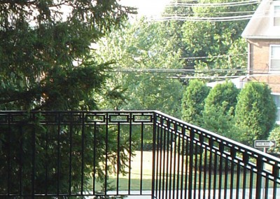 Balcony Modern Geometric Square Iron Railing