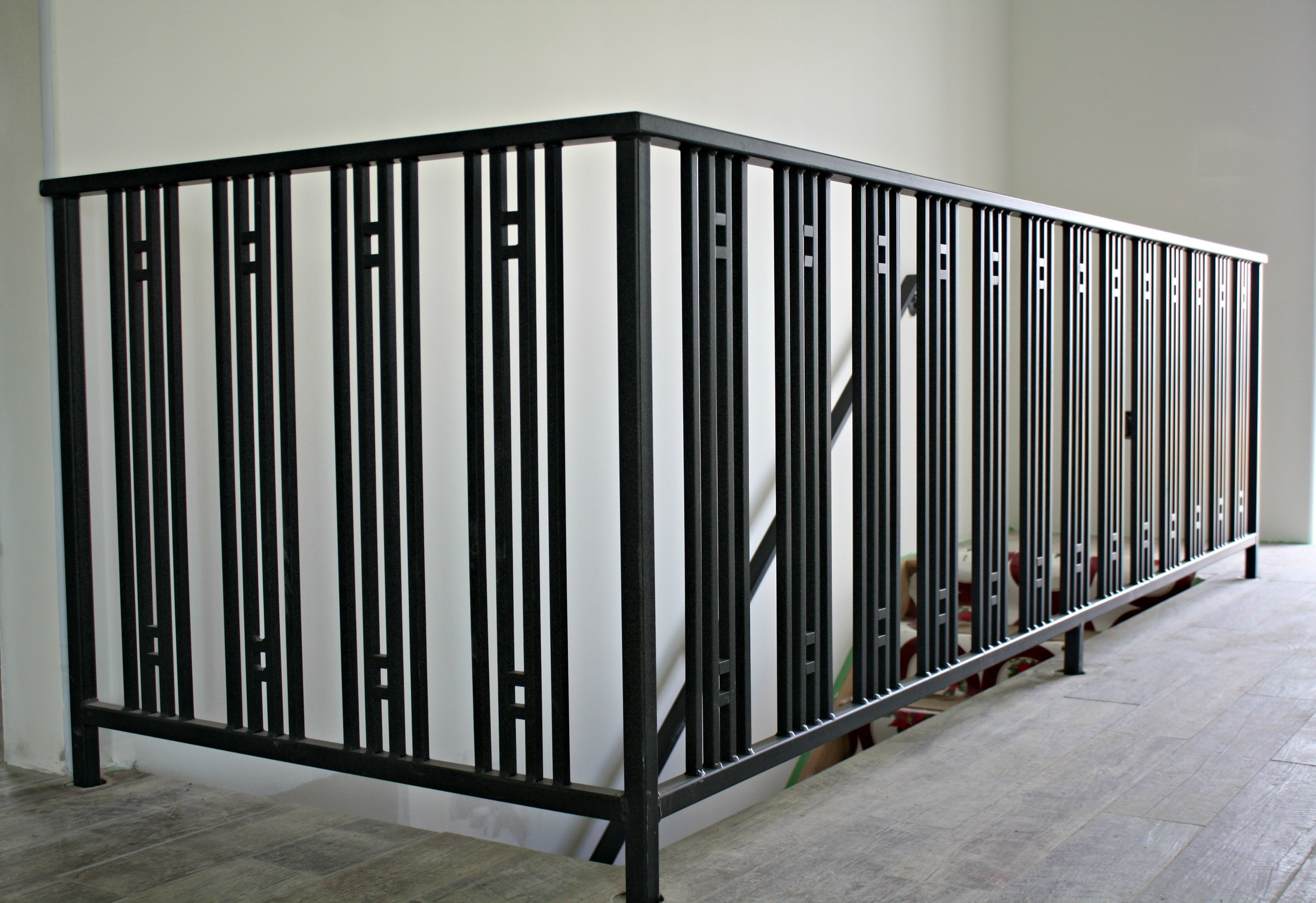 Modern Art Deco Railings For A New Concrete Home Simple