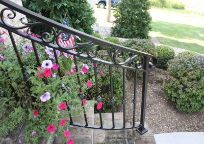 Scrolling Trim Wrought Iron Curved Step Railing